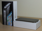 Apple iPhone 4G 32GB Black Factory 4 / Unlocked Phone